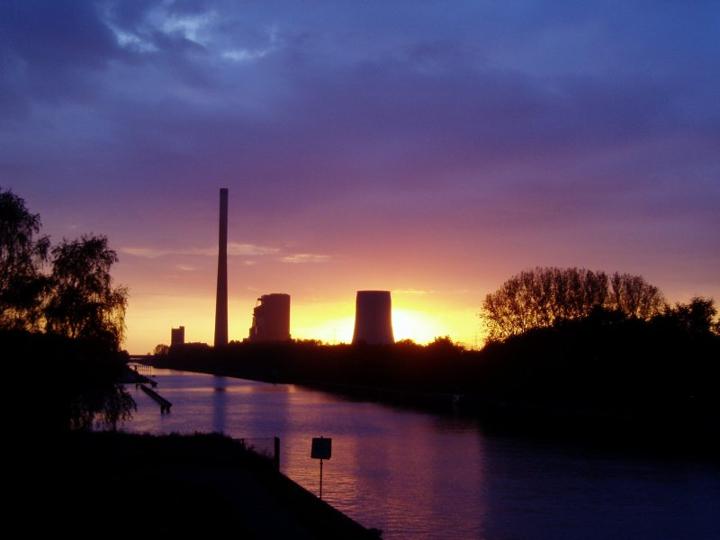 Industriekultur im Sonnenuntergang